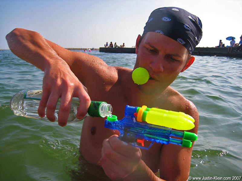 My new Hungarian buddy Laszlo gets creative with his squirt gun.  Brilliant!