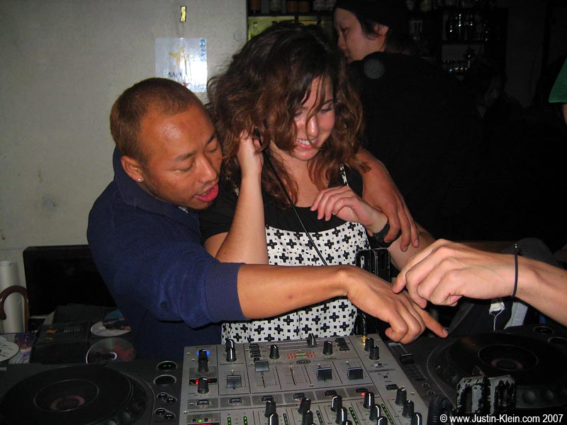 What's that?  You want to learn how to DJ?  No problem!