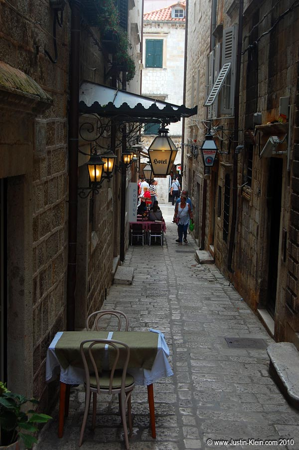 A quiet alley in the old city.