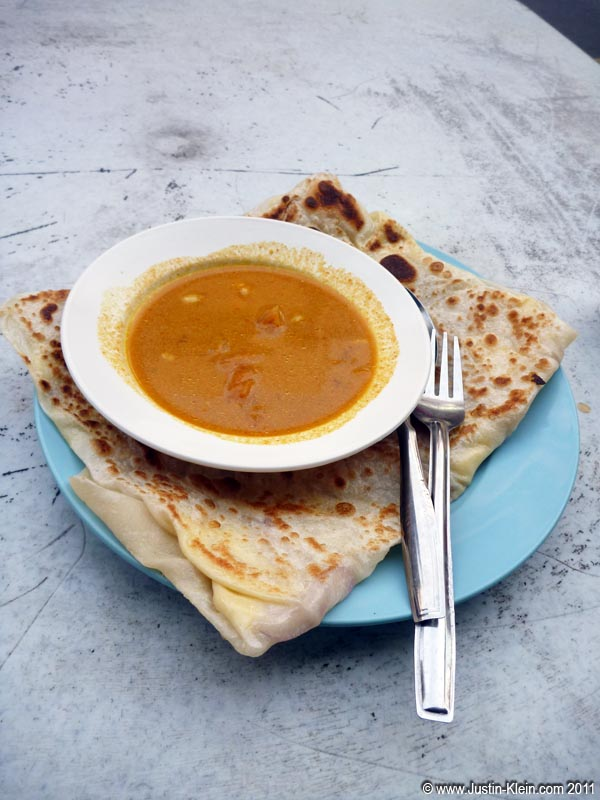 One of the most recognizable snacks throughout Malaysia is Roti, an oily Indian bread grilled up and served with dipping sauce.  I probably had 200 of these during my 5 weeks in the country.