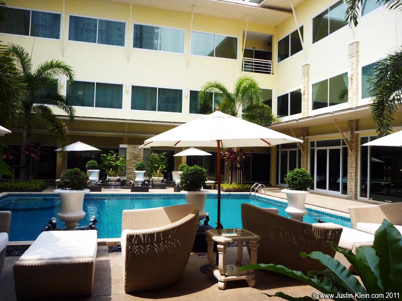Finding A Monthly Apartment in Bangkok - Justin-Klein.com ...