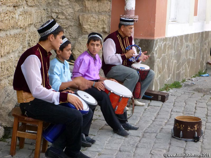 A family of tatar drummers performing in the old town.