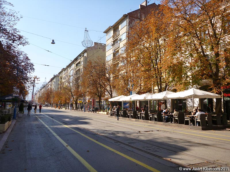 Sofia's pedestrianized main shopping street – which I unfortunately only photographed in the early morning, when it wasn't yet busy.